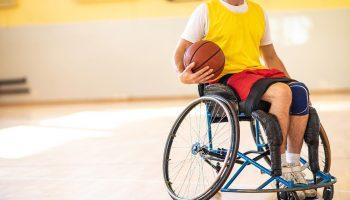 Basket for mennesker med fysiske begrænsninger